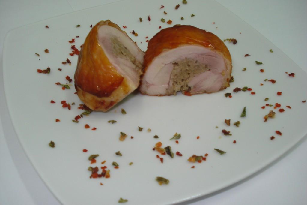 Rolada z nogi kurczaka z farszem grzybowym 130g